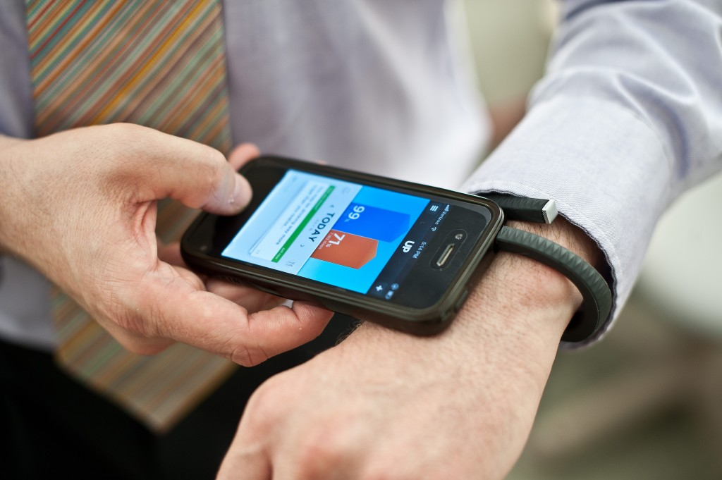 doctors monitor patients remotely via smartphones and fitness