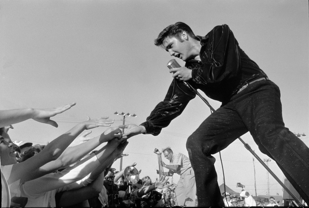 Photo of Elvis Presley by Marshutz Stanley. Courtesy of National Portrait Gallery.