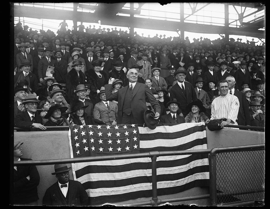 Photo via Harris & Ewing/Library of Congress