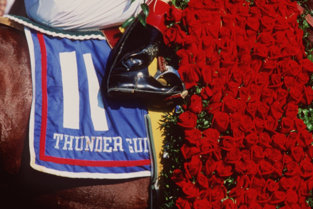 Race horse Thunder Gulch poses for pictures as he stands in the winner''s circle following his victory in the 1995 Kentucky Derby. Photo by Getty Images