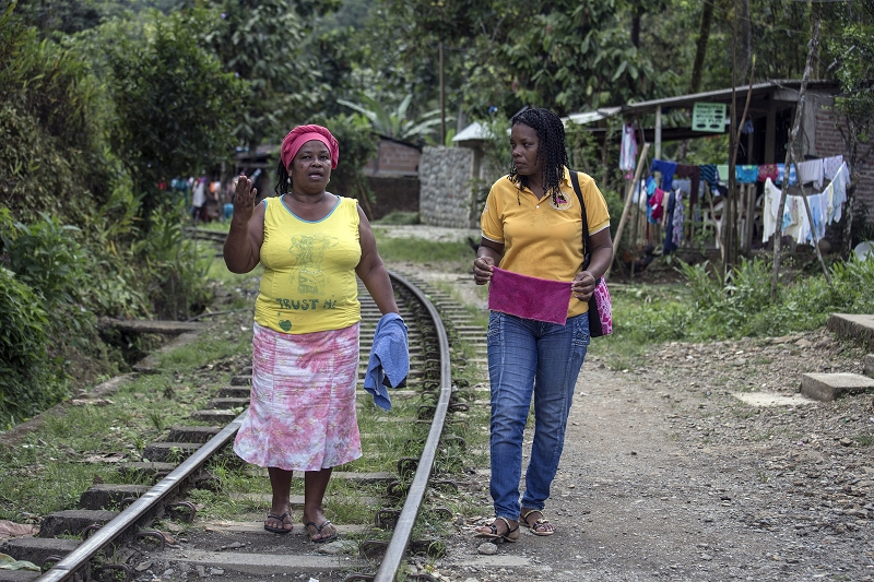 Butterflies is a network comprised of about 100 core volunteers helping women who have experienced abuse in Buenaventura, Colombia. Maria Victoria Liu (left) and Maritza Asprilla Cruz are two of the coordinators. Photo by L. Zanetti/UNHCR