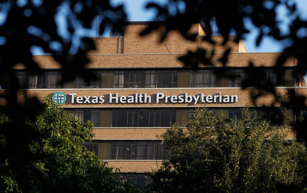 Dallas Ebola patient Thomas Eric Duncan dies, hospital says