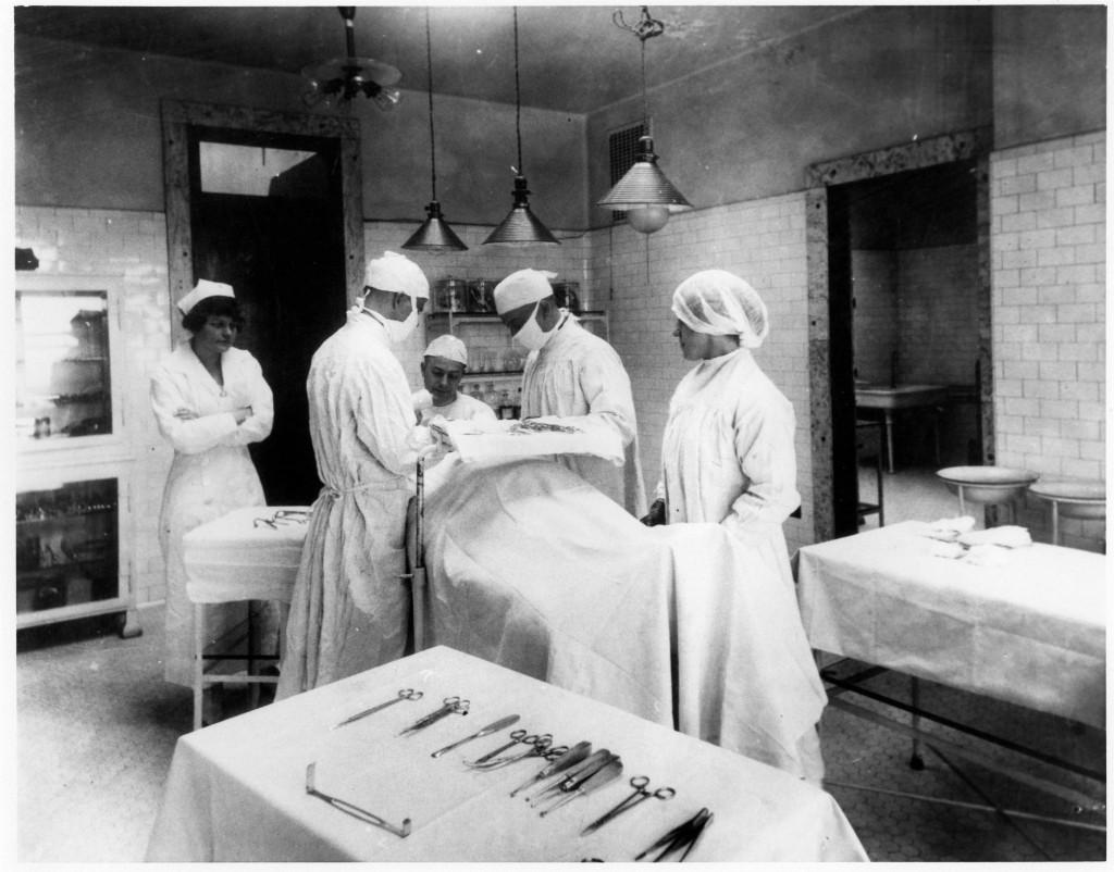 Before Ebola Ellis Island S Terrifying Medical Inspections Pbs