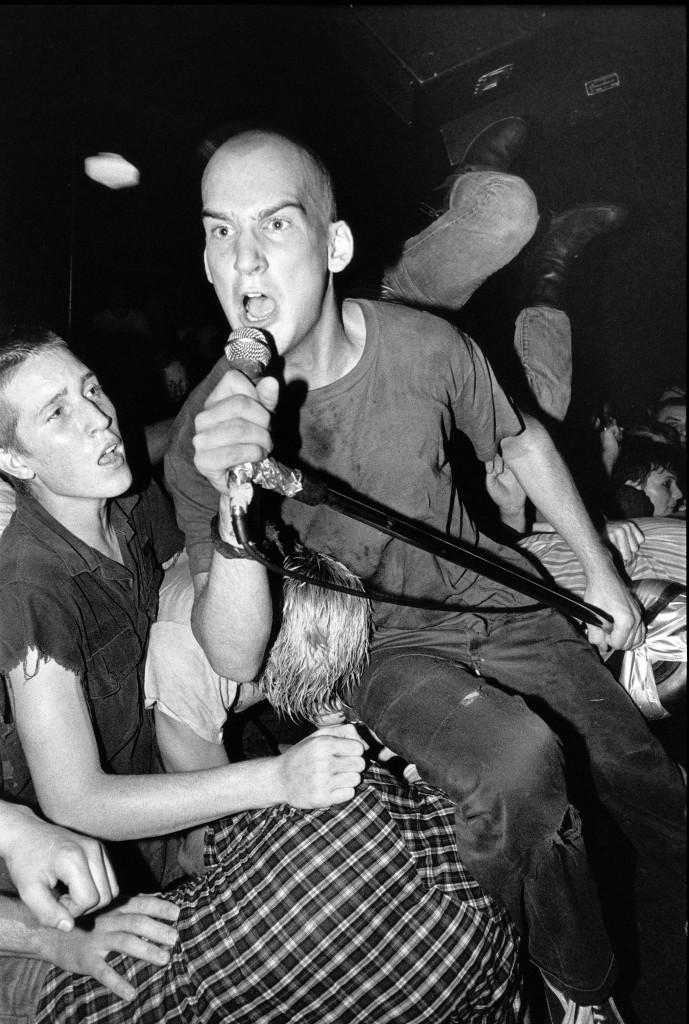 Minor Threat's Ian MacKaye performs in Washington, D.C in 1982. Photo by Glen Friedman, courtesy of Rizzolli New York.