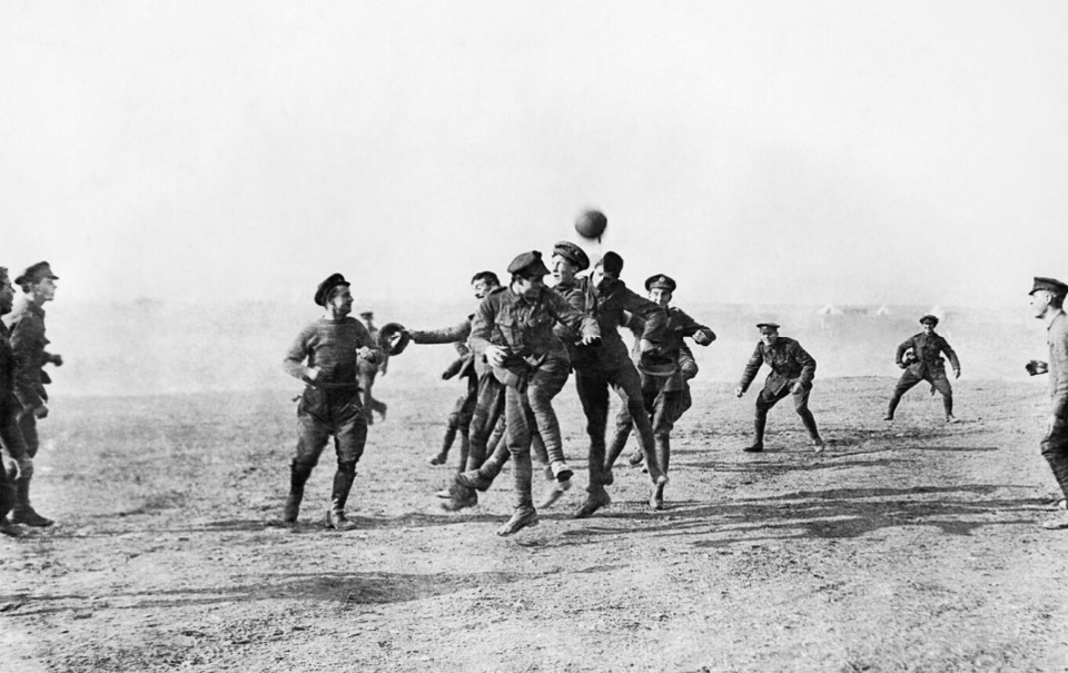 did german and british troops really stop fighting and play soccer 100 years ago pbs newshour - Football Christmas Eve
