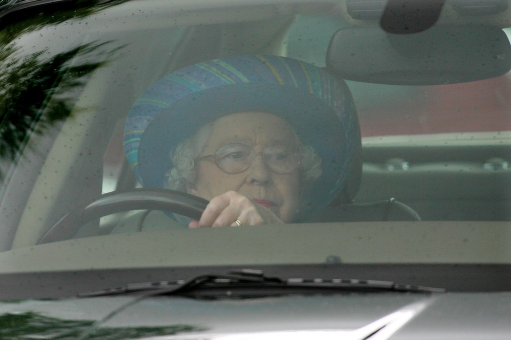 When Queen Elizabeth took King Abdullah for a drive in her Land