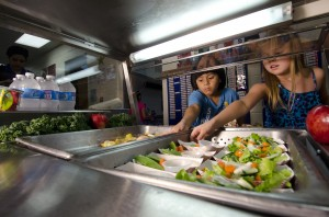 Students retrieve their lunch at the Yorkshire Elementary School in Manassas, Virginia. Photo by U.S. Department of Agriculture.