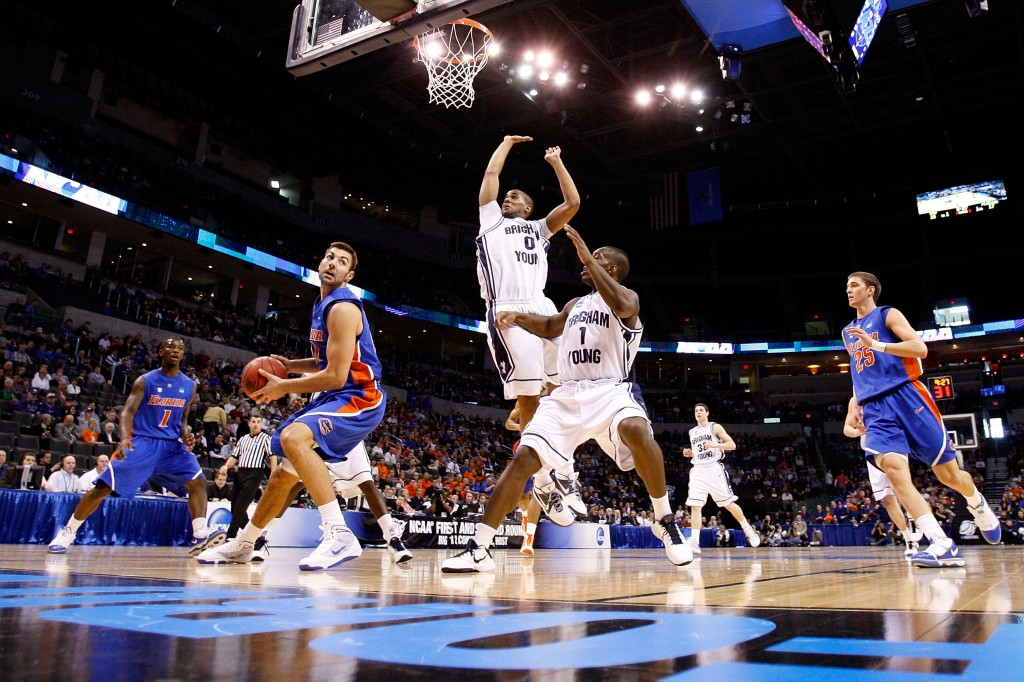 As Colleges Educate Players On >> Is The Ncaa Failing Its College Athletes Pbs Newshour