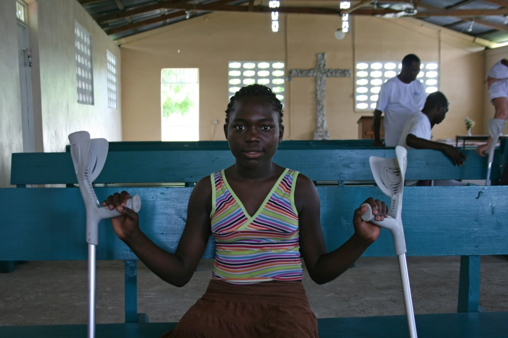 Fourteen-year-old Monica lost her right leg after her home collapsed on her.