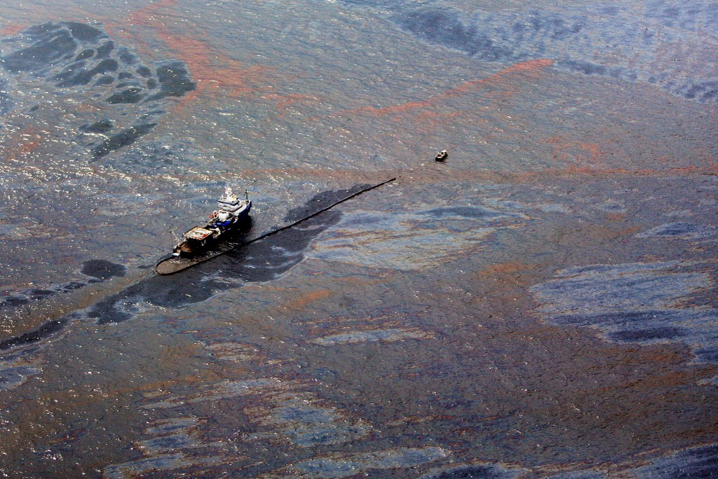 u s five states announce settlement with bp over gulf oil spill