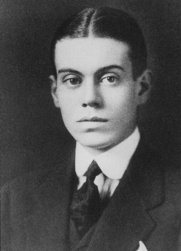 Cole Porter, Yale class of 1913. Photo from Yale University Manuscripts & Archives Digital Images Database