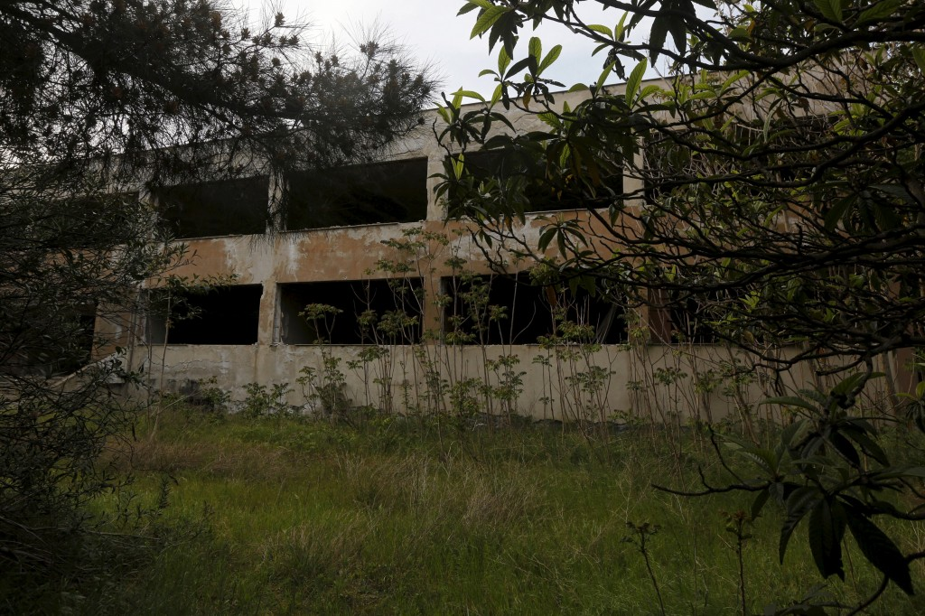 A deserted factory that closed in the early 1990s is seen in the Sindos industrial zone of the town of Thessaloniki in central Macedonia region, Greece April 23, 2015. Photo by Yannis Behrakis/Reuters