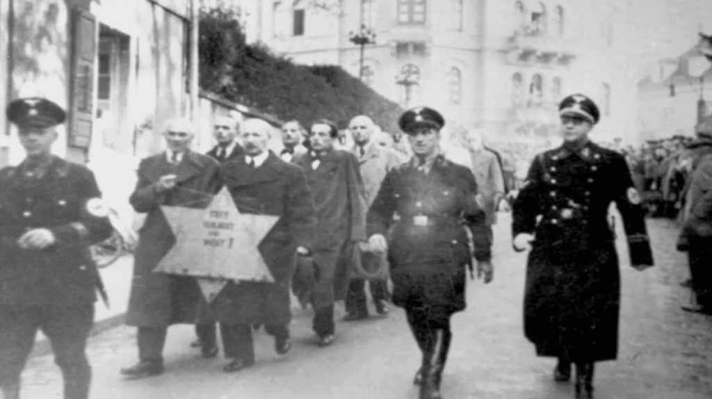 essay about the holocaust survivors My journey as a child holocaust survivor the views or opinions expressed in this journal, and the context in which the images are used, do not necessarily.