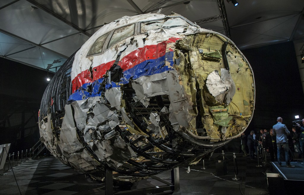 Image result for Malaysia Airlines Flight 17, wreckage
