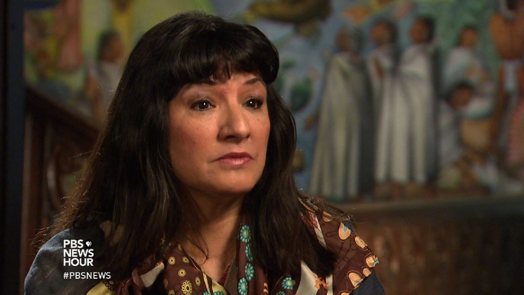 sandra cisneros looks back as a writer in search of home pbs sandra cisneros looks back as a writer in search of home newshour