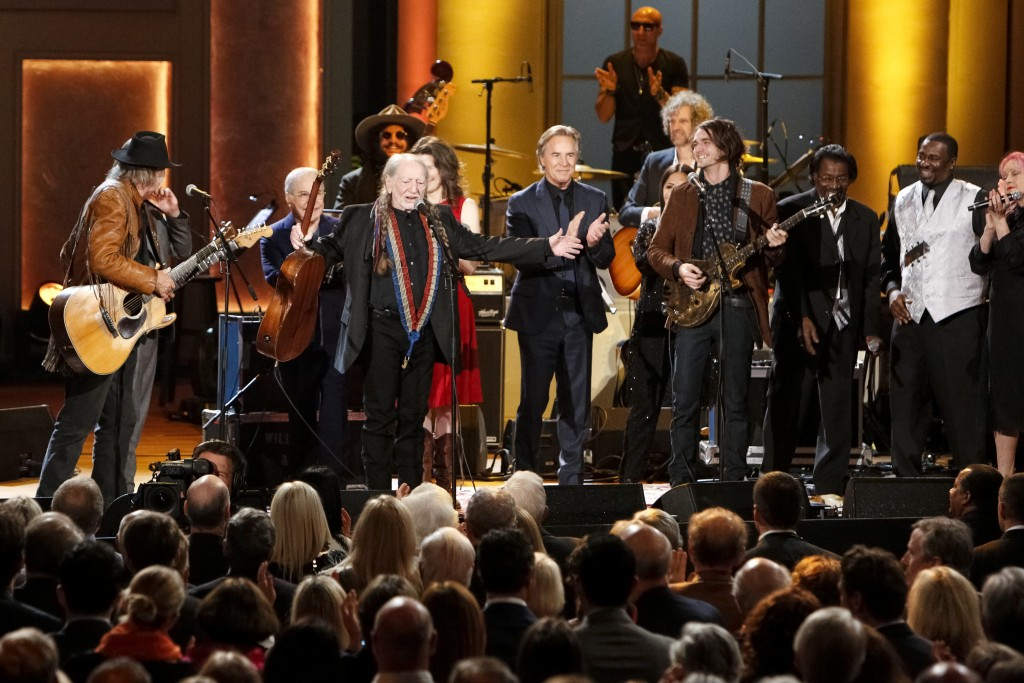 Willie Nelson Sings Theres Room For Everyone In America Pbs