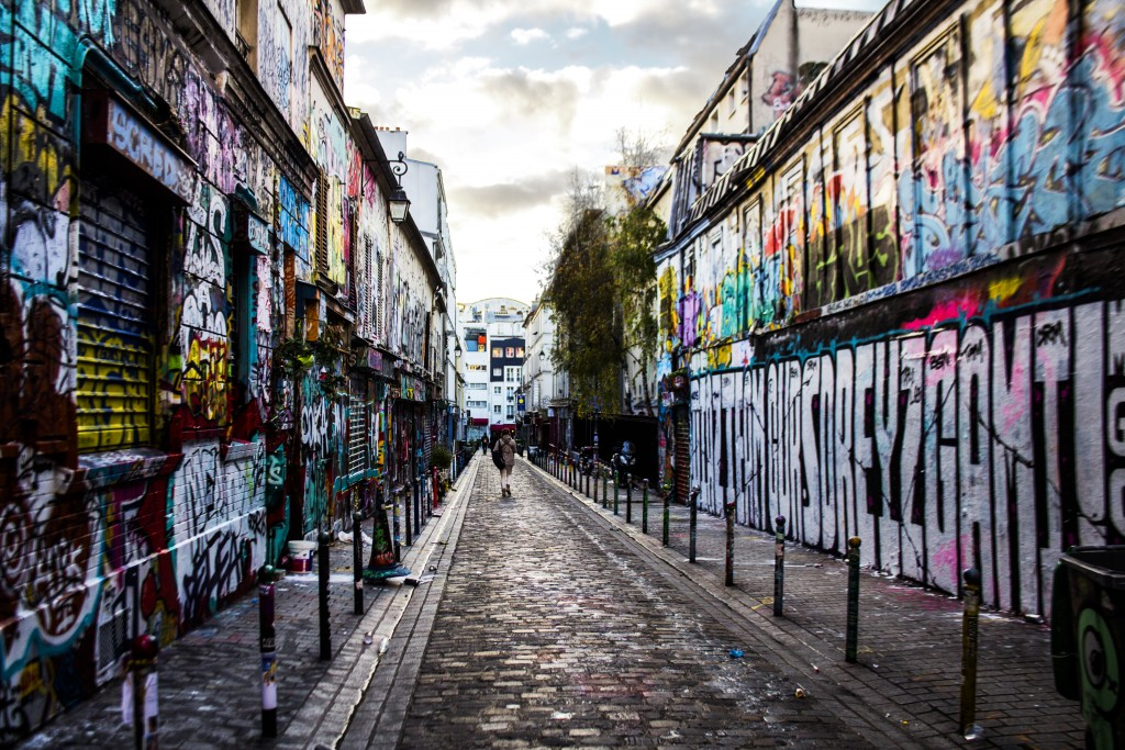 Graffiti artists come out to 'spray for Paris' after attacks
