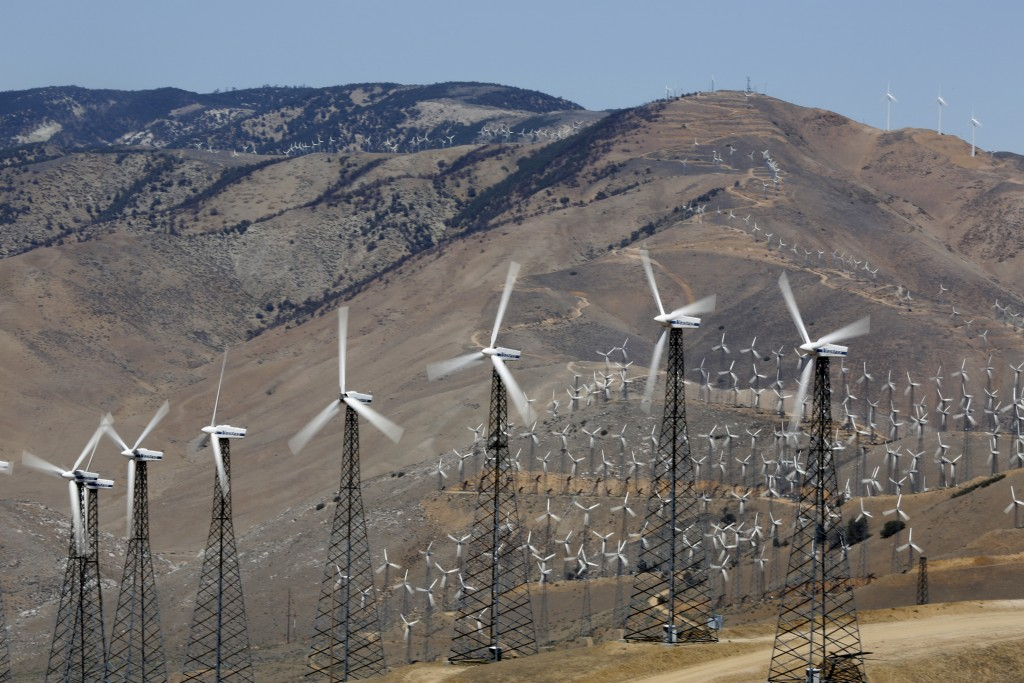 A section of the Tehachapi Pass Wind Farm is pictured in Tehachapi, California June 19, 2013.  Photo by Mario Anzuoni/REUTERS