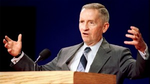 Presidential candidate Ross Perot gestures during a Presidential debate at Michigan State University. Photo by Reuters