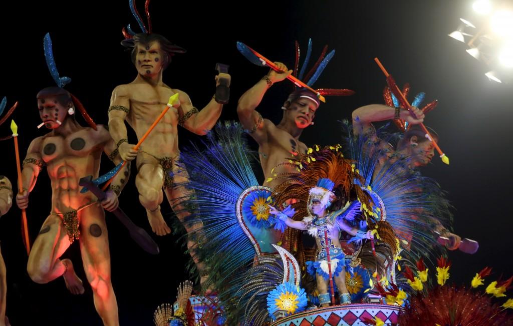 Revellers parade for Vila Maria samba school during carnival in Sao Paulo, Brazil, February 6, 2016. REUTERS/Paulo Whitaker - RTX25OV6