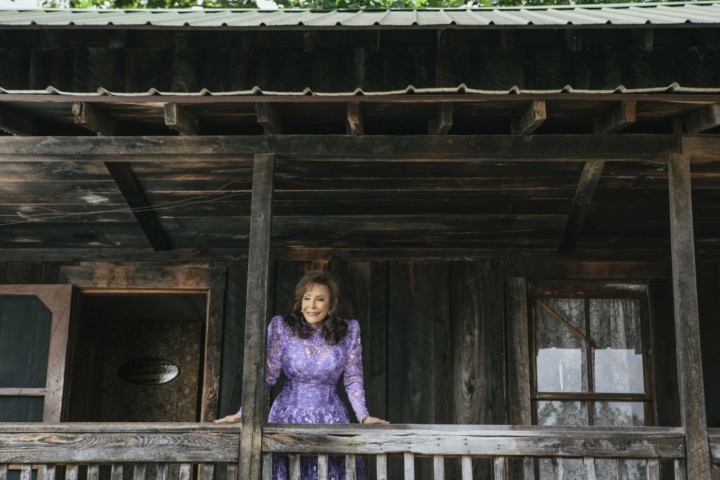 loretta lynn asks who s gonna miss me when i m gone pbs newshour