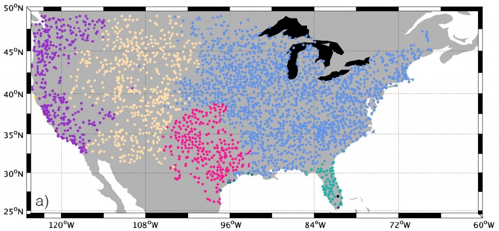 Heat waves strike by region, according to new findings in Nature Geoscience. The study looked at temperature data from weather stations (dots) across the continental U.S. When extreme heat hits, it tends to be regional, based on 32 years of temperature measurement. Photo by McKinnon KA et al., Nature Geoscience, (2016)