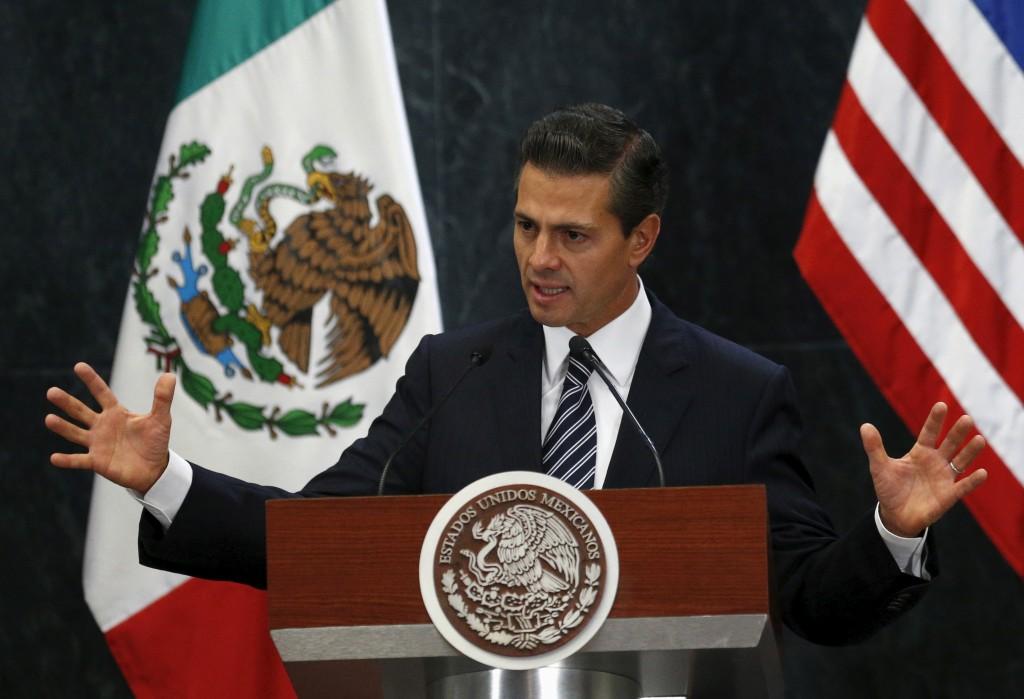 File photo of Mexican President Enrique Peña Nieto by Henry Romero/Reuters