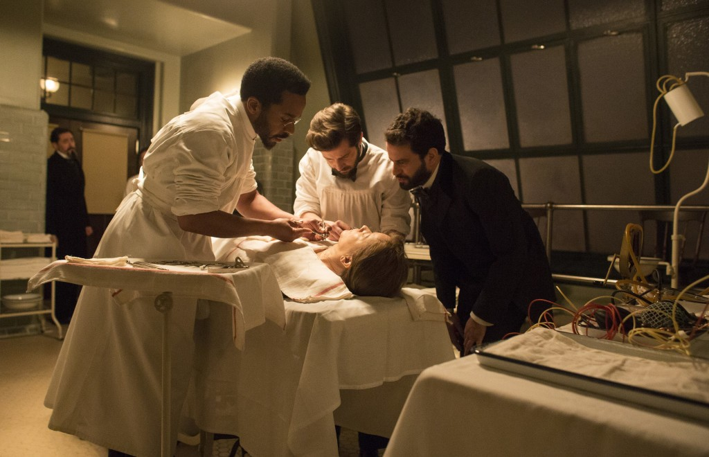 """The surgeons of """"The Knick"""" at work in turn-of-the-20th-century New York City. Photo by Paul Schiraldi/HBO"""