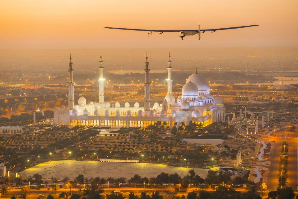 Solar Impulse 2 flies above Abu Dhabi during a test flight in February 2015. Photo by Solar Impulse