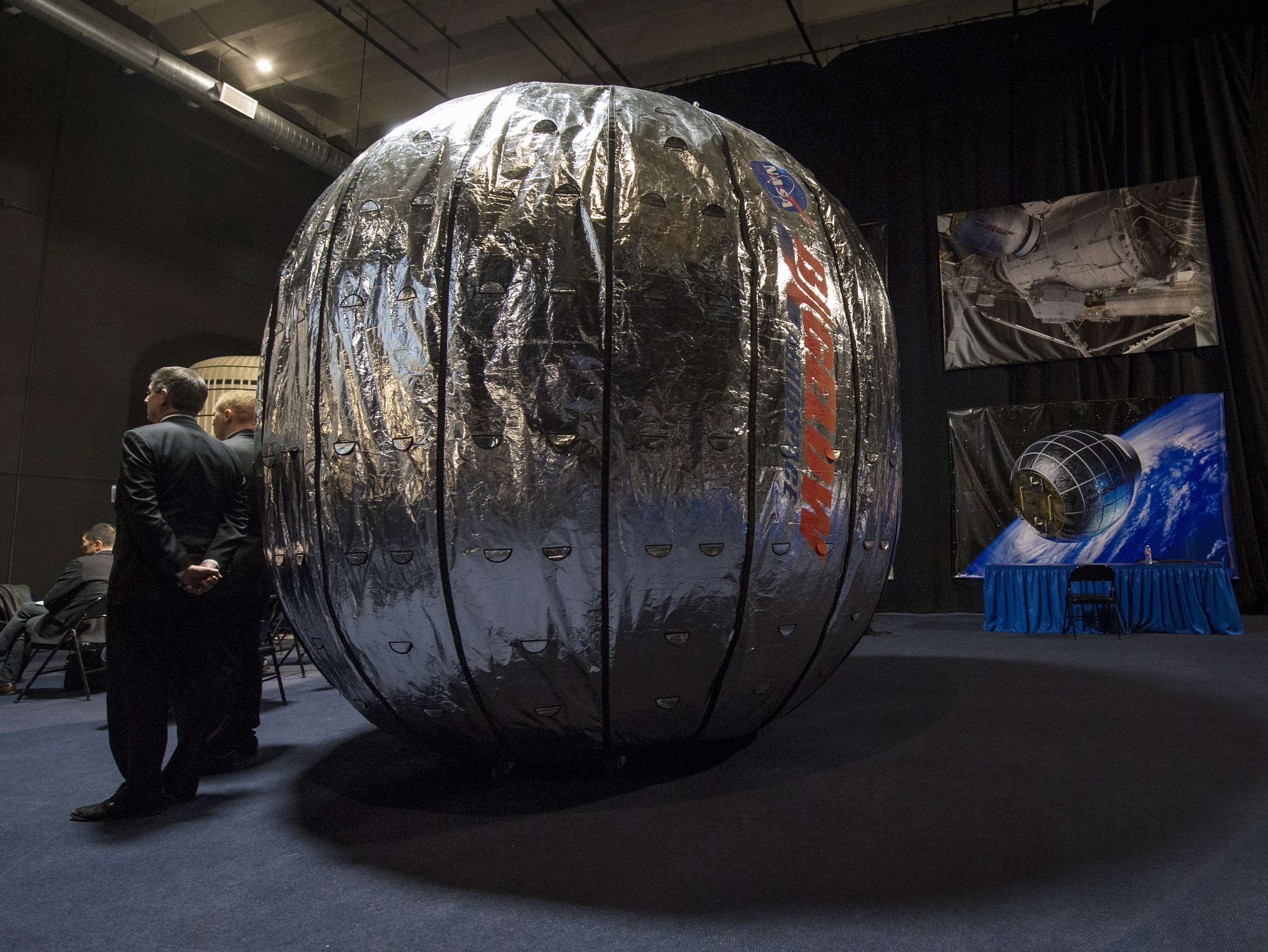 beam me up u2014 nasa experiments with inflatable modules pbs newshour