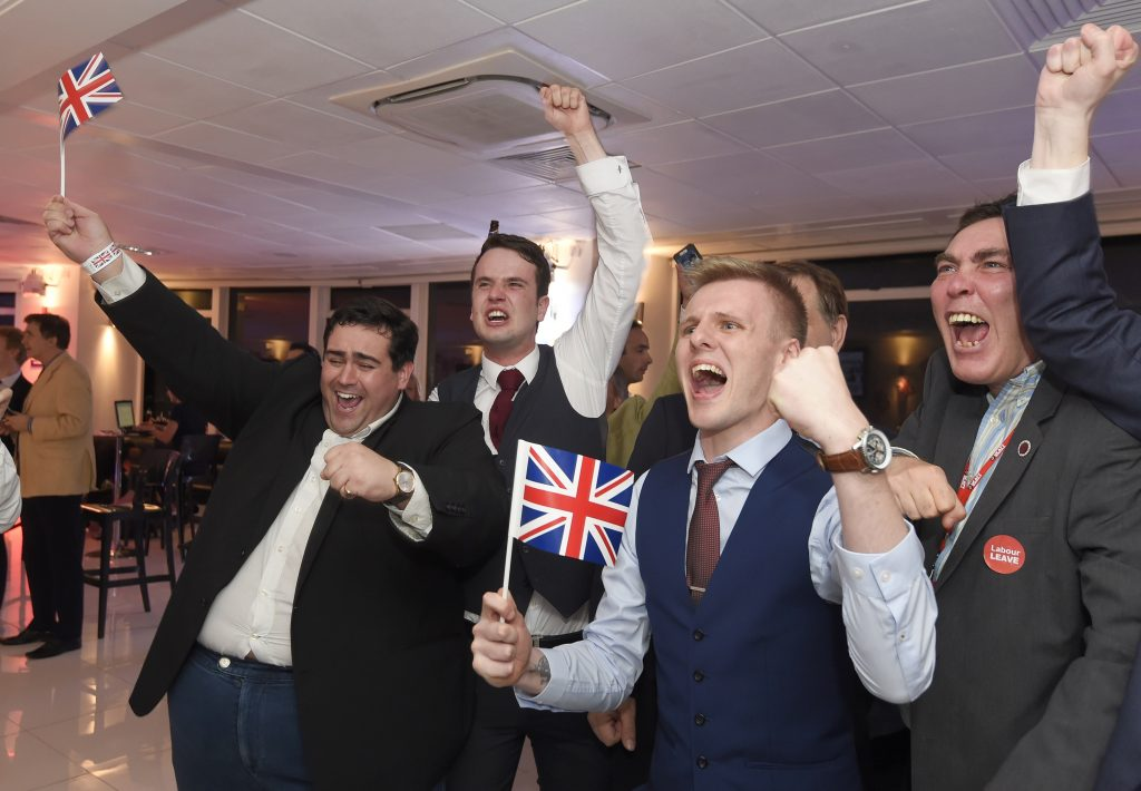 Leave supporters cheer results at a Leave.eu party after polling stations closed in the Referendum on the European Union in London, Britain, June 23, 2016. Photo by Toby Melville/ REUTERS