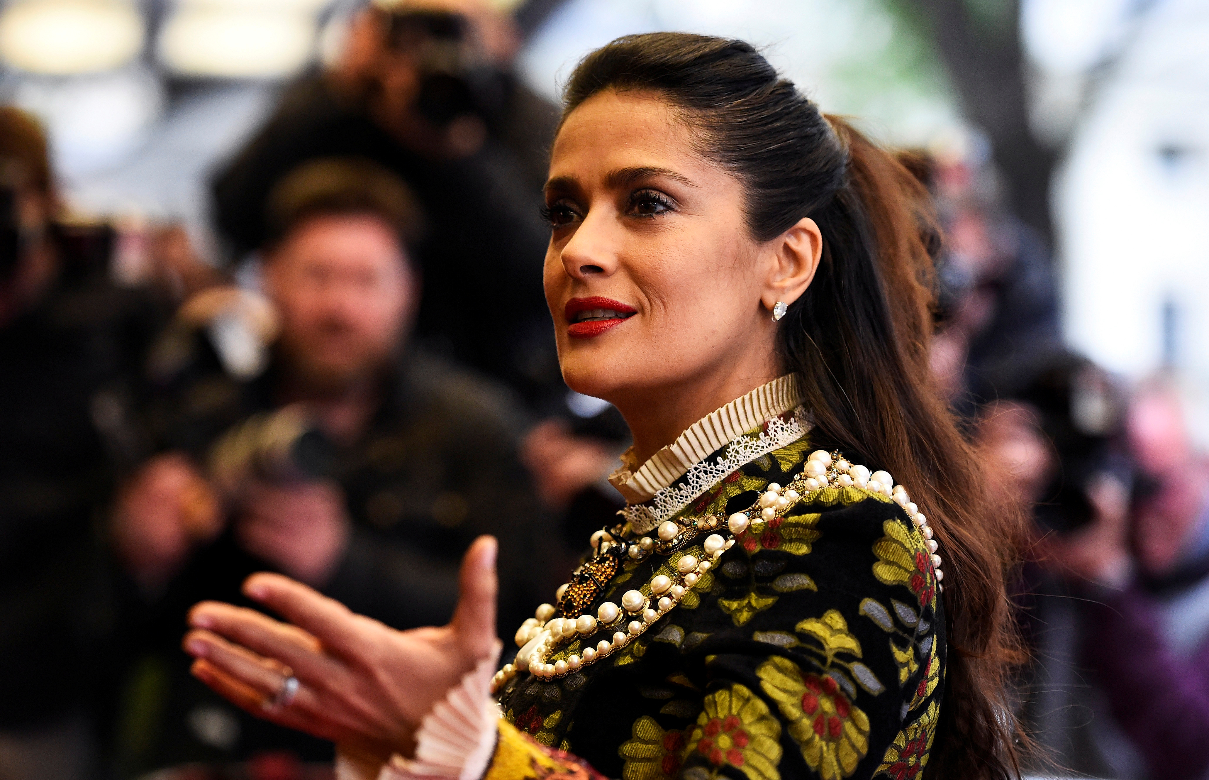 "Actress Salma Hayek arrives for the UK Premiere of ""Tale of Tales"" at a cinema in London, Britain June 1, 2016. REUTERS/Dylan Martinez - RTX2F7IZ"