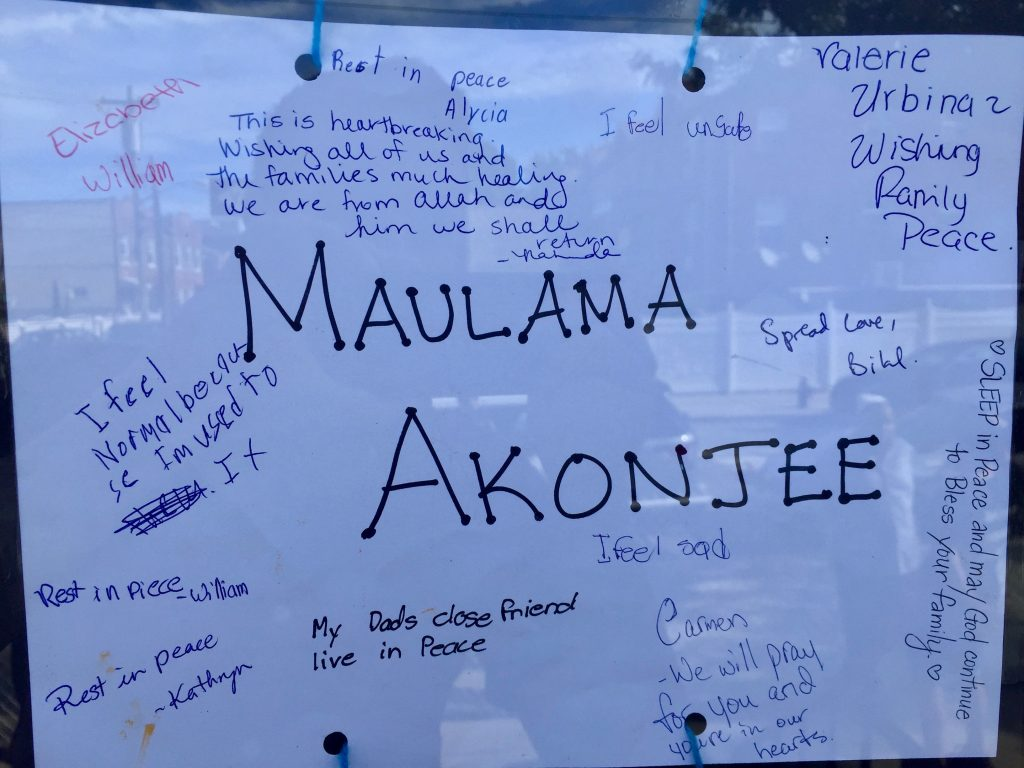 Students from a nearby school left notes for the murdered imams in Queens, New York, on August 17, 2016. Photo by Omar Etman/PBS NewsHour Weekend