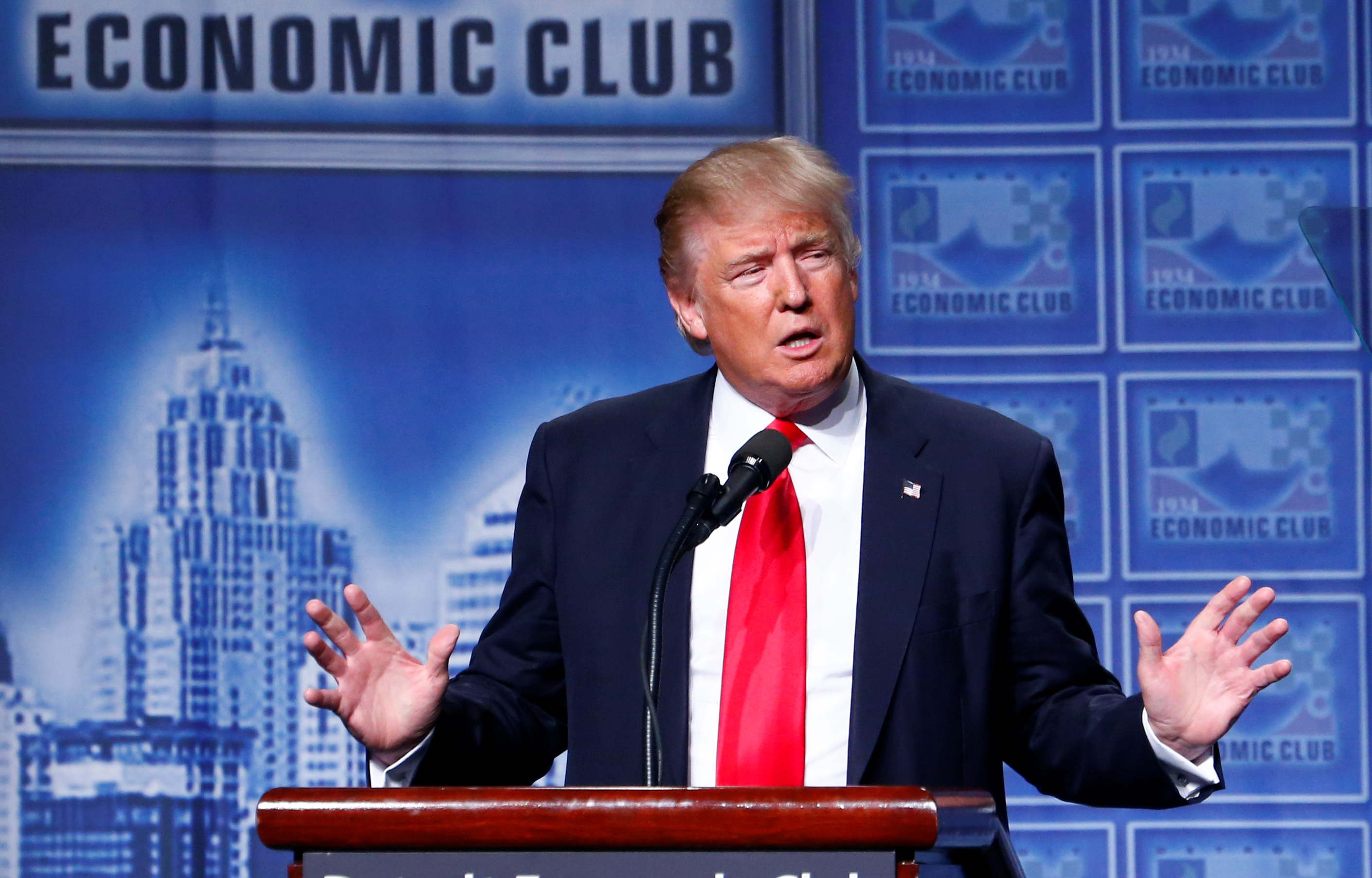 Republican U.S. presidential nominee Donald Trump speaks to the Detroit Economic Club at the Cobo Center in Detroit, Michigan August 8, 2016. REUTERS/Eric Thayer