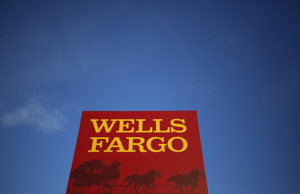 A Wells Fargo branch is seen in the Chicago suburb of Evanston, Illinois. Photo by Jim Young/Reuters