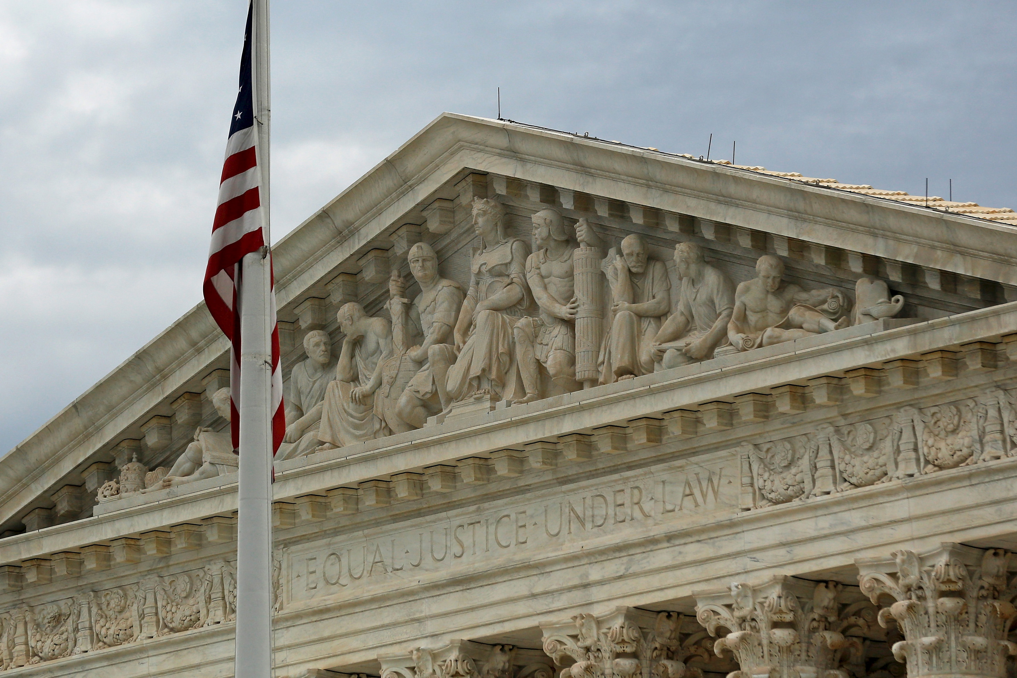 """A view of the U.S. Supreme Court building is seen in Washington, October 13, 2015. Hearing a death penalty case for the first time since their divisive lethal-injection ruling in June, the nine justices of U.S. Supreme Court on Wednesday appeared poised to rule against two brothers challenging their sentences for a Kansas crime spree known as the """"Wichita Massacre."""" REUTERS/Jonathan Ernst - RTS49ZK"""