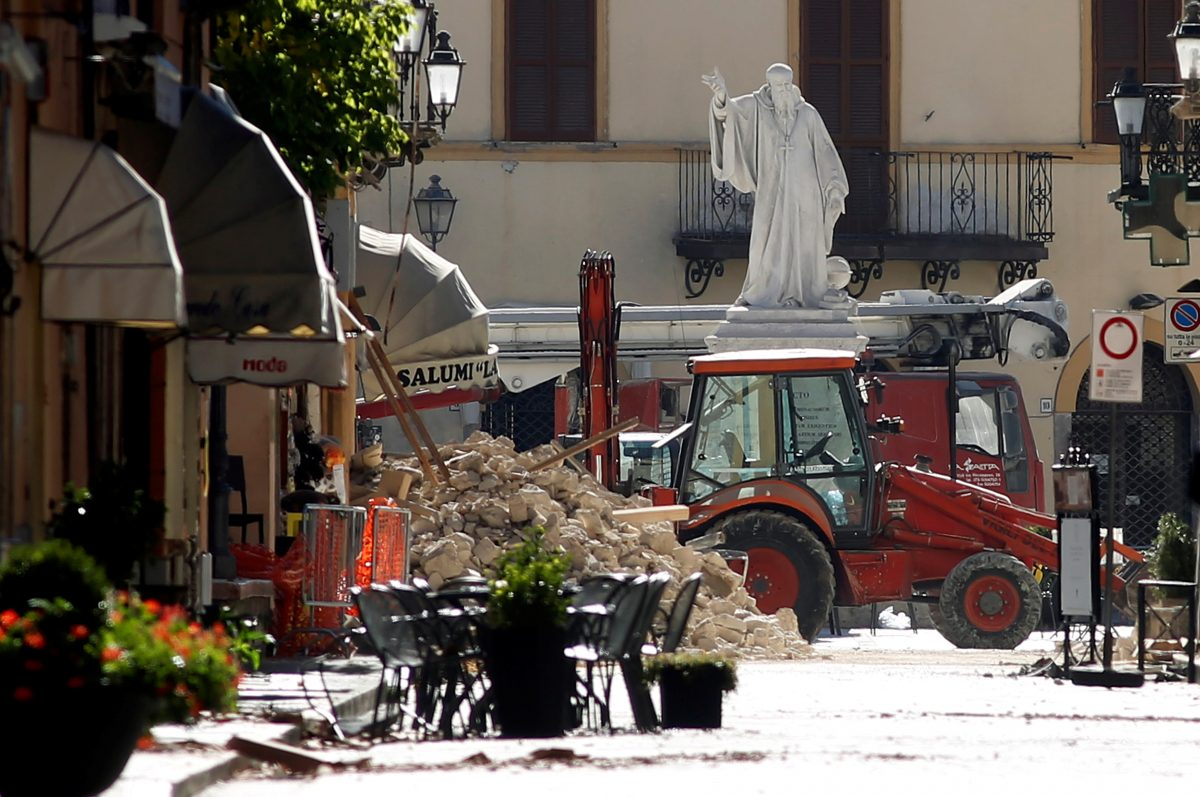 Rubble is seen in the main square of the Italian city of Norcia, following the largest earthquake to strike the country in 36 years. October 30, 2016. Photo By Remo Casilli/Reuters