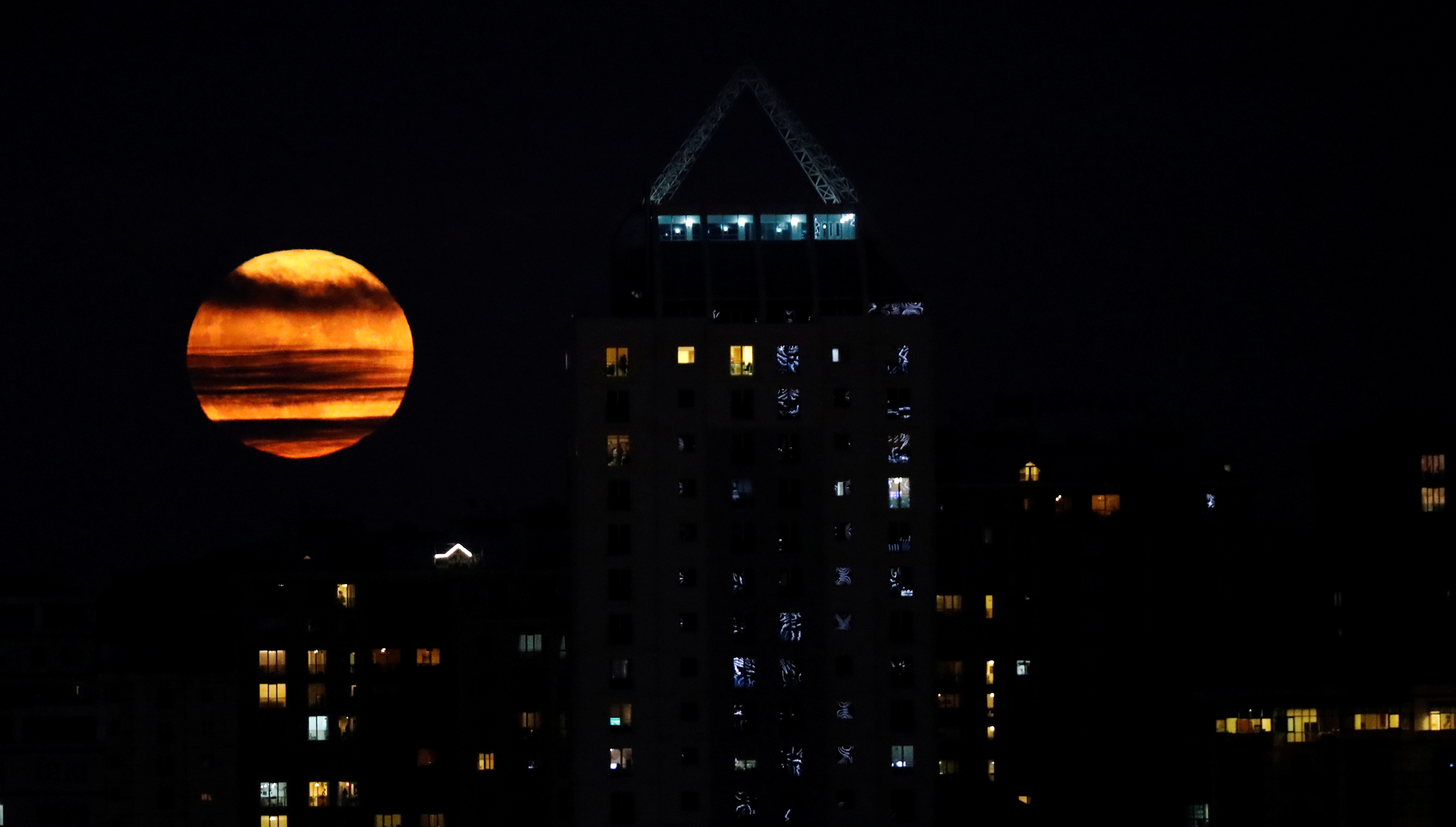 The supermoon is seen in the nighttime sky in Istanbul, Turkey on Nov. 14. Photo by Umit Bektas/Reuters