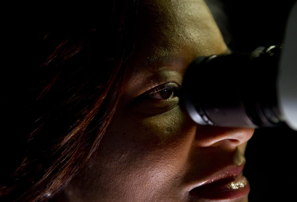 PITTSBURGH- November 16: Dr.Kia Washington, a plastic surgeon at the University of Pittsburgh Medical Center pioneering the research into whole eye transplants,in her lab in Pittsburgh, Pennsylvania. (Jeff Swensen for STAT News)