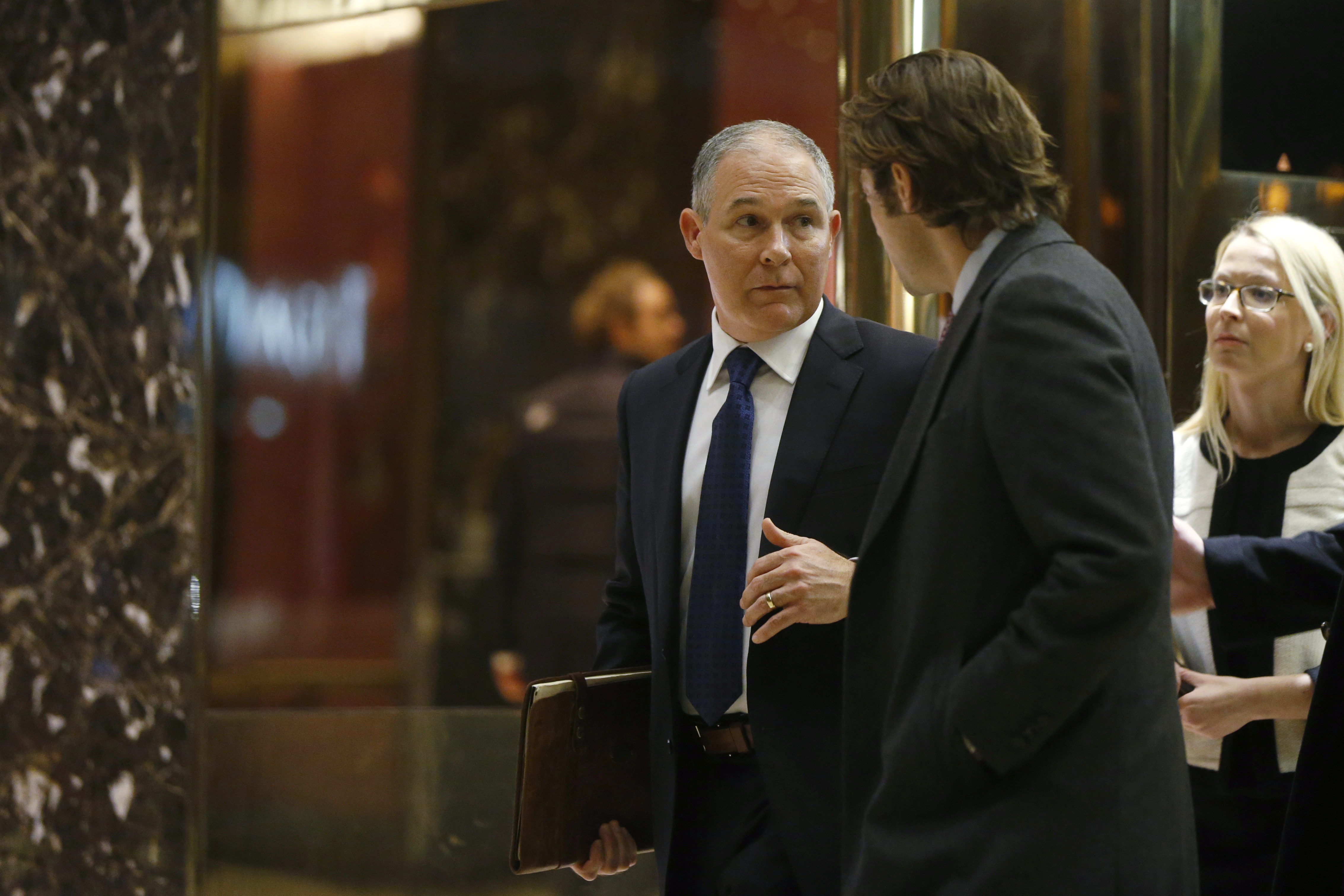 Oklahoma Attorney General Scott Pruitt departs after a meeting with U.S. President elect Donald Trump at Trump Tower New York, U.S., November 28, 2016. REUTERS/Lucas Jackson - RTSTQYT