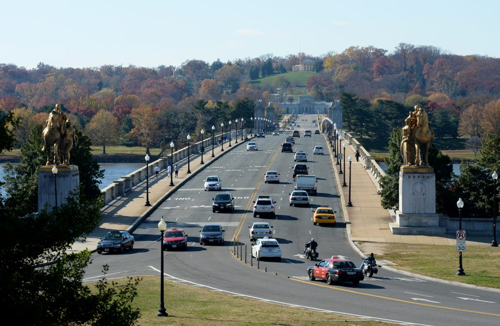 Arlington Memorial Bridge crosses from Washington, D.C., into Arlington, Virginia. Photo by Jonathan Newton/The Washington Post via Getty Images