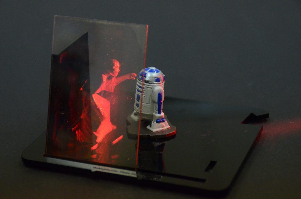 Litiholo's hologram kit recreating a classic Star Wars scene. Photo: Litiholo