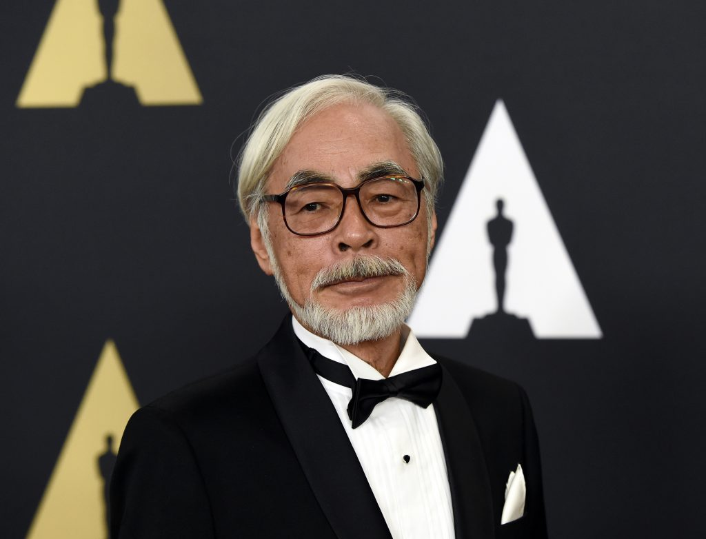 Honoree Japanese film director and animator Hayao Miyazaki poses during the Academy of Motion Picture Arts and Sciences Governors Awards in Los Angeles, California November 8, 2014. REUTERS/Kevork Djansezian (UNITED STATES - Tags: ENTERTAINMENT) - RTR4DF45