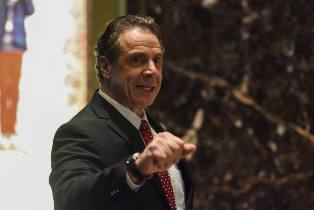 Andrew Cuomo, Governor of New York, arrives at Trump Tower in New York City, U.S. January 18, 2017. REUTERS/Stephanie Keith - RTSW3Z3