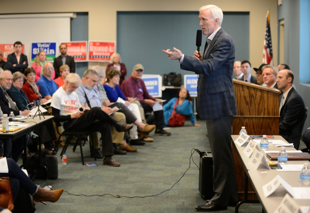 Republican candidate Bob Gray speaks during the League of Women Voters' candidate forum for Georgia's 6th Congressional District special election to replace Tom Price, who is now the secretary of Health and Human Services, in Marietta, Georgia, U.S. April 3, 2017. Picture taken April 3, 2017. REUTERS/Bita Honarvar - RTX34SCJ