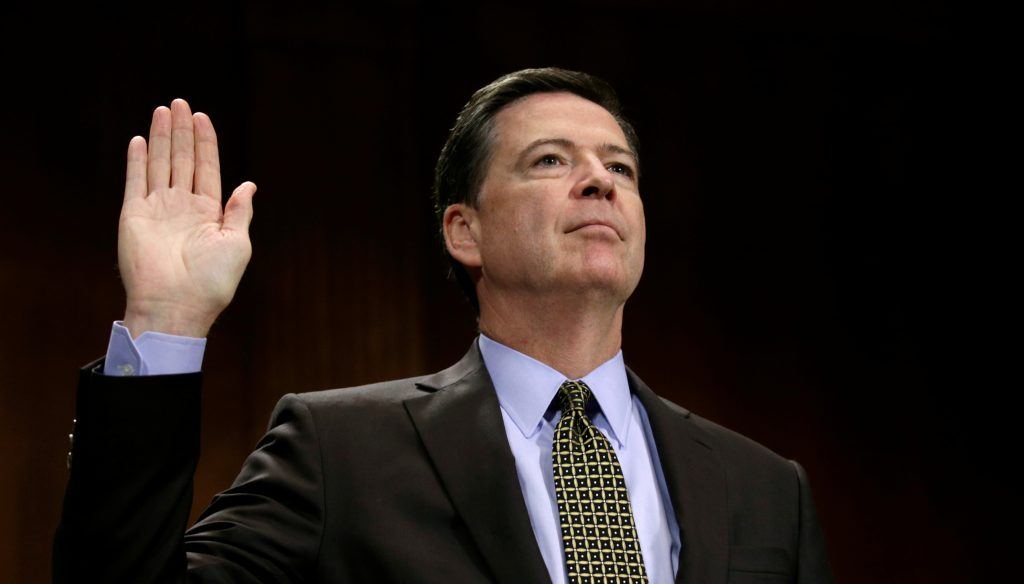"""FBI Director James Comey is sworn in to testify before a Senate Judiciary Committee hearing on """"Oversight of the Federal Bureau of Investigation"""" on Capitol Hill in Washington, U.S., May 3, 2017. REUTERS/Kevin Lamarque TPX IMAGES OF THE DAY - RTS14ZWC"""
