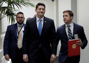 Speaker of the House Paul Ryan smiles as he departs a meeting at the U.S. Capitol before a vote to repeal Obamacare in Washington, D.C., U.S., May 4, 2017. REUTERS/Kevin Lamarque - RTS155KH