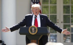 U.S. President Donald Trump announces his decision that the United States will withdraw from the landmark Paris Climate Agreement, in the Rose Garden of the White House in Washington, U.S., June 1, 2017. REUTERS/Kevin Lamarque TPX IMAGES OF THE DAY - RTX38LIZ