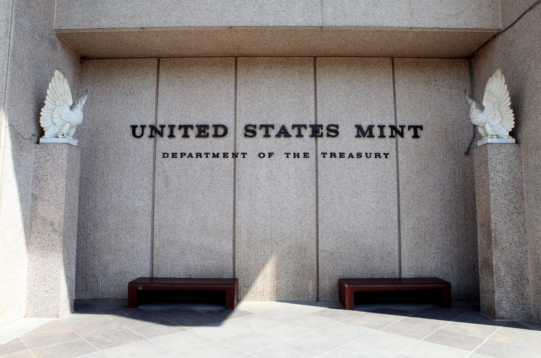 A 2016 photo of the U.S. Mint building in Philadelphia, Pennsylvania. Photo By Raymond Boyd/Getty Images