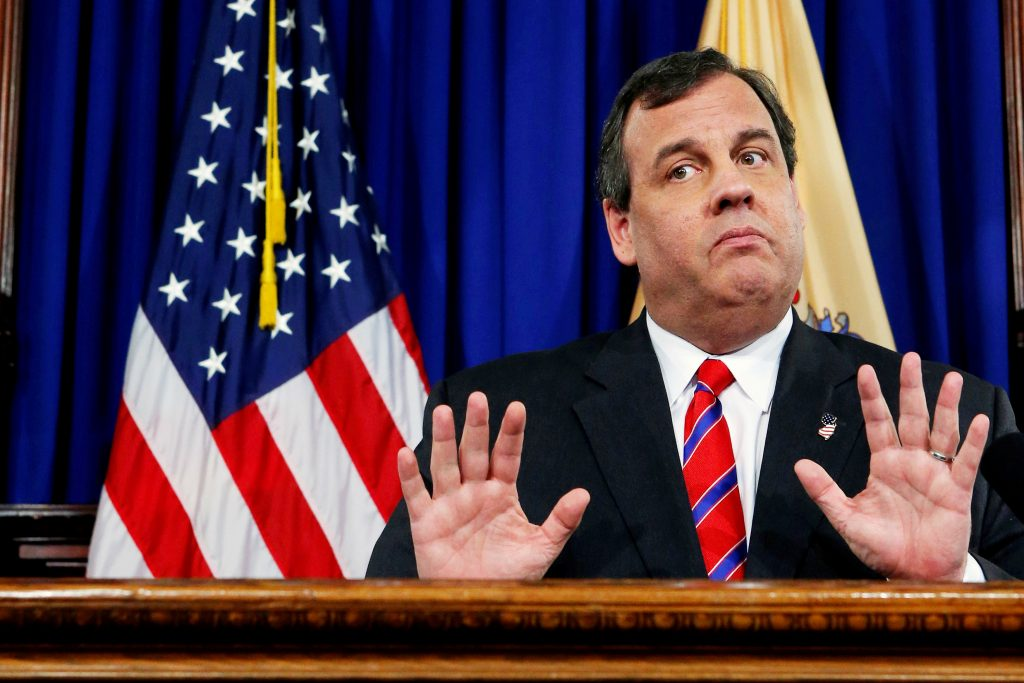 FILE PHOTO: New Jersey Governor Chris Christie reacts to a question during a news conference in Trenton, New Jersey, U.S. on March 28, 2014. REUTERS/Eduardo Munoz/File Photo - RTS19HWK